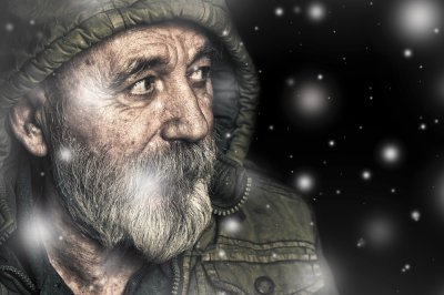 homeless-snow-241612408.jpg